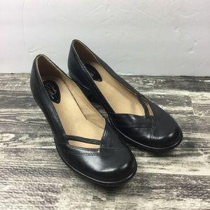 Clark's Black Heels Artisan Collection Size 8M